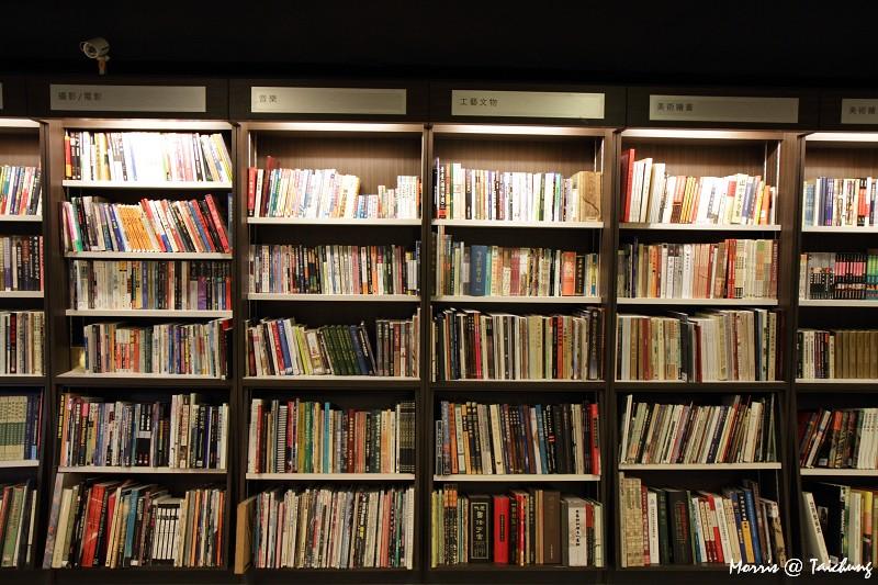 茉莉二手書店台中店 (12)