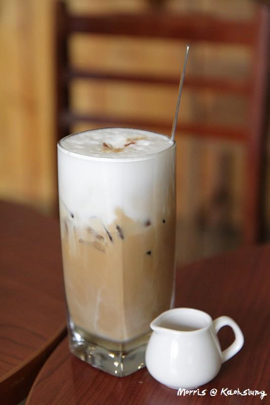 【高雄】好雙咖啡 2ins:H Cafe 在老屋享受美好咖啡時光 (已搬遷)
